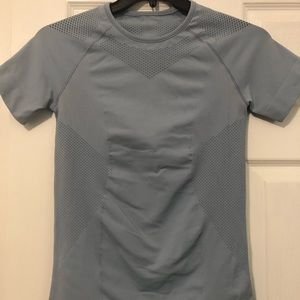 Lululemon For the Chill of It Shirt. Size 10